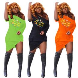Женские ночные рубашки онлайн-Женщины Нерегулярные платья с открытыми плечами Летняя мода Poppin Печатный платье с короткими рукавами Футболка платье Sexy Nightclub Clothing S-3XL C72307