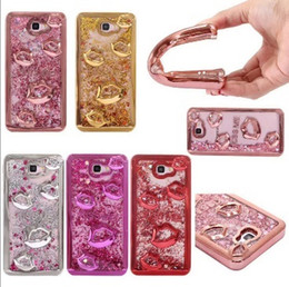 Galaxy s7 caso di scintillio liquido online-NICE Lips Kiss Glitter Sparkle Liquid Floating Quicksand Phone Case for Samsung Galaxy S7 S7 Edge S8 S8 Plus J7 Prime J5 Prime