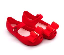 2019 sommersandalen neues design Baby-Weihnachtsgeschenk PVC-Schuhsommer-Sandelholzmädchen-Bogenentwurfs mit drei Farben der neuen Art der heißen Schuhe 2019 neue günstig sommersandalen neues design