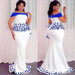 2019 afrikanische spitzeart und weisearten Aso Ebi Styles Mermaid Abendkleider mit Schößchen 2019 Off Shoulder Lace Floral afrikanischen nigerianischen Anlass Prom Party Kleid günstig afrikanische spitzeart und weisearten