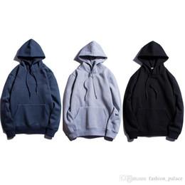 Простой серый капюшон онлайн-Мужчины руно Hoodie Coat Мода Kanye West Plain Hoodie Winter Casual Sport Толстовка с капюшоном Шинель Черный Белый Серый Синий AYG1202