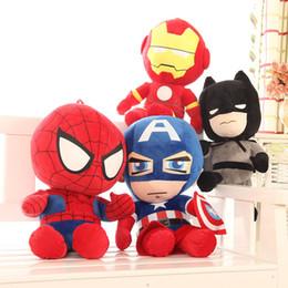 Giocattoli di peluche super eroi online-The Avengers Giocattoli di peluche cartone animato Super eroe Iron Man Capitan America ripiene animali per i bambini per le vacanze regali di compleanno 30cm / 12 pollici C6501
