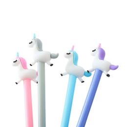 2019 caneta voadora Unicorn Gel Pen Bonito Flying Pony Escrita Caneta Preta Material Escolar Papelaria Escritório 0.5mm ponta desconto caneta voadora
