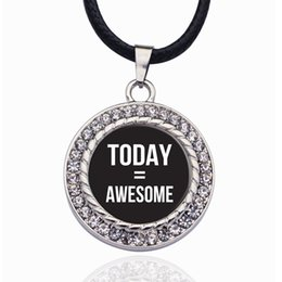 Collane impressionanti online-Oggi è uguale a Awesome Circle Charm Statement Necklace 2019 Big Necklaces Long Necklaces for Women 2019