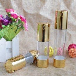 Botellas vacias de suero online-Nuevas botellas con bomba Botella Esencia Serum Packaging Oro cosmética sin aire Lotion 30ml Contenedores maquillaje vacío 100pcs