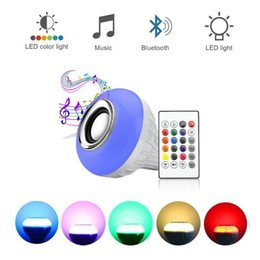 Audio de control remoto online-Lámpara LED Altavoz Bluetooth Inalámbrico + 12W RGB Bombilla 110V 220V Smart Led Light Reproductor de música Audio con altavoz de control remoto Enlace minorista