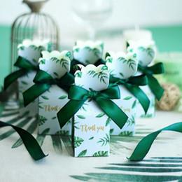 Saco de caixa de favores de casamento on-line-Fontes do Natal da Festa de Aniversário Favores Do Casamento Decoração de Presente de Papel Verde Caixas de Doces Saco de Presente de Casamento Caixa de Presente Do Bebê favores