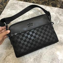 Piccole valigie online-Borsa di moda classica per il tempo libero Borsa per il tempo libero Baitao Piccola borsa per computer portatile Qualità reale Cortex Numero: 18 325-4