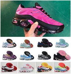2020 NEW AIR TN Plus Chaussures FEMME Fashion Marke Tn Ultra Se Schwarz Rot Weiß Designer Schuhe TNs Frauen Sport Trainer Gelegenheits Zapatillaes