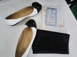 2019 chaussures de carrière pour femmes Vente Chaude-Luxe Nouveau Femmes Robe Mocassins Parti Seule Chaussures Lowtop Pompes Bureau De Mariage Carrière Chaussure De Marche Avec Des Fleurs Boîte D'origine chaussures de carrière pour femmes pas cher