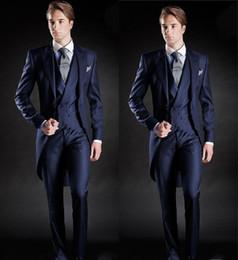Özel Yapılmış Slim Fit Sabah Stil Damat Smokin Yaka erkek Takım Elbise Lacivert Sağdıç / İyi Adam Düğün / Balo Takımları (Ceket + Pantolon + Yelek) nereden