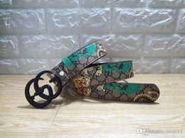 cinturón internacional Rebajas Cinturones nuevos, marcas de lujo internacionales, cinturones verdes delicados, hebillas de serpiente, lujo de estilo europeo y americano, diseño de moda de alta gama.