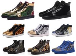 2019 zapatos de cuero puro para hombres Diseñador 2019 Hombres Zapatos rojos inferiores Zapatos planos para hombres Mujeres Tachonados Picos Zapatillas de deporte Moda Clásicos Colores puros zapatos ocasionales de cuero genuino rebajas zapatos de cuero puro para hombres