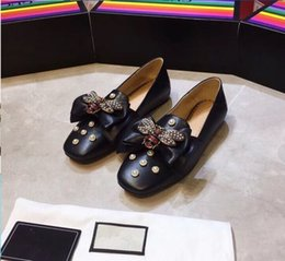 2019 nouvelle étape sur les racines de l'abeille arcs Lok Fu chaussures femme cuir plat bouche plat style européen et américain chaussures paresseux 35-41 ? partir de fabricateur