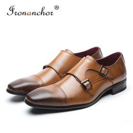 Vestido de caballero online-Hombres de cuero genuino de vaca visten zapatos de caballero de alta calidad diseñador de lujo elegante clásico zapatos formales masculinos # KB3004-3
