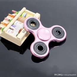 mini bonecas para adultos Desconto boneca 2017 New Black Tri-Spinner Fidgets Toy metal EDC Sensorial Fidget Spinner para o autismo e TDAH Kids / Adulto engraçado Anti stress brinquedos