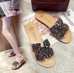 2019 tipos de zapatillas Zapatillas de verano que visten moda sexy tipo H palabra de arrastre rojo 2019 nuevo fondo plano no resbaladizo personalidad playa cool drag girl rebajas tipos de zapatillas
