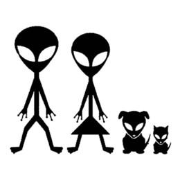 2019 stickers famille vinyle pour voitures gros 20pcs / lot Cartoon Alien Famille Stickers Vinyle Autocollant De Voiture Intéressant Style De La Voiture Noir / Argent 15 cm * 12 cm c1-6695 promotion stickers famille vinyle pour voitures