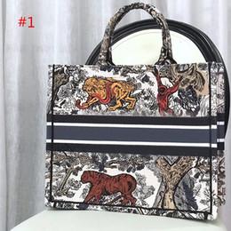 riciclare la confezione regalo Sconti Moda e ricamo di alta qualità Classic Fiori colorati Designer borse multi colore famoso marchio borsa moda borse per la spesa di grandi dimensioni
