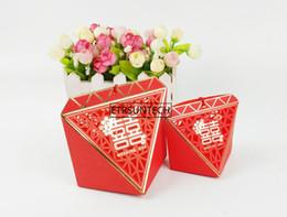 Scatola di dolci di cerimonia nuziale cinese online-vendita all'ingrosso Hollow Wedding Tassel Box Candy Boxes cinese doppia felicità dolce miele regalo di nozze prodotti per feste