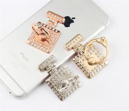 духи Скидка Роскошный алмазный флакон для духов Держатель для кольца для мобильного телефона Подставка для телефона Держатель для iPhone 7 8 x xr Для Samsung с комплектом OPP