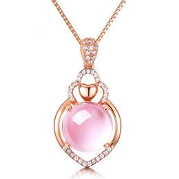 Gold anhänger ball designs online-D345 neuer Entwurf Amythest hängende Halsketten Art- und Weisefrauen rosafarbene Goldfrau Hochwertige rosafarbene Kugelkristallschmucksachen Freies Verschiffen