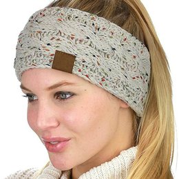 schädelkappe ohrenklappen Rabatt 9 Farben C C gestrickte Häkelarbeit-Stirnband Frauen Wintersport Headwrap Hair Turban Ohr-Wärmer Beanie Mütze Stirnband AAA836 100pcs
