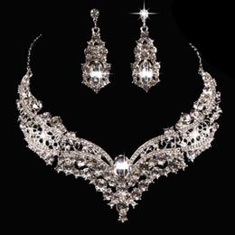 Ornements de diamant en cristal en Ligne-Vente chaude européenne et américaine mariée alliage diamant grand cristal collier boucles d'oreilles ensemble ornement mariée accessoires de mariage