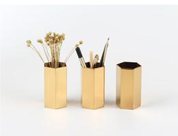 20pcs nordico esagonale in acciaio inox oro vaso di moda in metallo vaso di fiori studio corridoio casa decorazione di nozze da nero vasi da sposa bianco fornitori