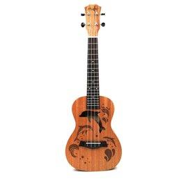 23-дюймовая гитара онлайн-21/23 дюймов профессиональный Sapele Дельфин шаблон укелеле гитара красное дерево шеи тонкий тюнинг колышек 4 строки древесины укулеле подарок новый