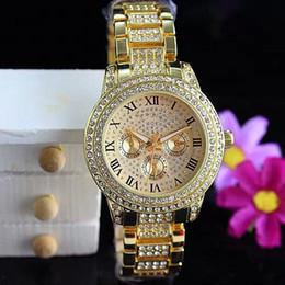 2019 relógios de senhora 2019 Moda Relógios de luxo Mulher relógio de quartzo mulher Aço completa Dial Estilo Casual Todos sobre as estrelas do céu Cristal Diamante Roma Palavra Dial Styl desconto relógios de senhora