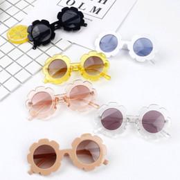 2019 bebé gafas de sol infantil Gafas de sol para niños pequeños para bebés Infant Baby Kids Unisex Gafas de sol con montura para niños UV400 Gafas para niños pequeños de verano para niños pequeños bebé gafas de sol infantil baratos
