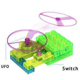 Elektrische spielzeug online-Elektrische Bausteine Kinder Schaltung elektronischen Fans vier-in-one versammelt Wissenschaft und Bildung Spielzeug Beleuchtung