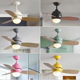 ventiladores de sala Rebajas 36 pulgadas Nordic Lovely Macaron Led Luz de ventilador de techo Cocina creativa Habitación para niños Decro Fan Light Bar Comedor Luces