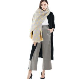 перья шарф белый Скидка Горошек шарф одеяло шарфы для женщин хиджаб и обернуть 2019 зима женский негабаритных Бесконечности теплые шарфы мягкие 785049