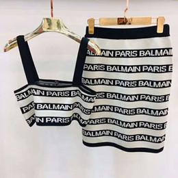 Bayan Tasarımcı Iki parçalı Elbise Kadın İki Adet Çizgili Örme Elbiseler Bayan Lüks Seksi Marka Esneklik Elbiseler nereden