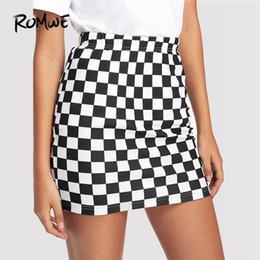 f6034489b Distribuidores de descuento Falda Coreana Negra Blanca   Falda ...