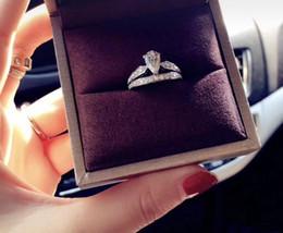 anéis de moda âmbar Desconto Anéis duplos femininos Drop Crowns Único jogo único você, personalizando o casamento com o nosso amor