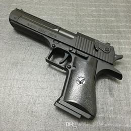 Pistolas más ligeras online-Gran Metal Desert Eagle Beretta Pistola Encendedor M92F Modelo de simulación Encendedor 1: 1 Metal Revolver Tipo Pistola Encendedor