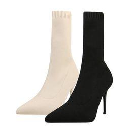 Nouveau style de l'Europe et l'Amérique automne hiver sex-appeal chaussettes bottes bottes à talons minces bottines à talons hauts chaussures simples dame a souligné bottes femmes ? partir de fabricateur