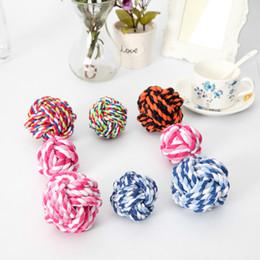 Cane pet giocattolo palla tessuti a mano in cotone corda palla prodotti per animali domestici mordere e pulire i giocattoli cane e gatto supplier hand products da prodotti a mano fornitori