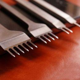 2019 conjunto de punzones de cuero 4pcs / set de 4 mm 3 mm 5 mm Craft Leather Herramientas Perforadores herramienta de perforación de costura 1 + 2 + 4 + 6 Prong Leathercraft de perforación del sistema de herramientas rebajas conjunto de punzones de cuero