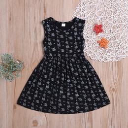 nette beiläufige kleidentwürfe Rabatt spätestes heißes verkaufendes Kind-Mädchen-nettes Blumendrucken beiläufige Baumwolle kleidet Baby-Kleidkinder Parteikleidung