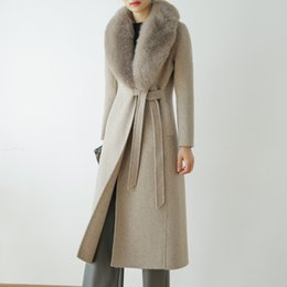 2019 настоящие меховые плащи 100% Real Wool Cloak Women with Real  Fur Collar Removable Woolen Coat Autumn Winter Fashion rf0191 скидка настоящие меховые плащи