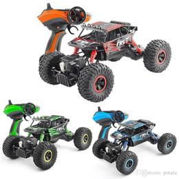 Embalaje juguetes verdes online-RC Motor 2.4G Rock Crawlers RC Car 4WD Rock Climber Control remoto a prueba de agua Coche Off-Road Vehículo de juguete para niños Caja original paquetes verde