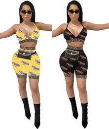 cross sportswear Promotion Femmes designer marque été deux pièces ensemble sportswear, plus la taille gilet crop top soutien-gorge de sport sans dos criss cross leggings shorts 611