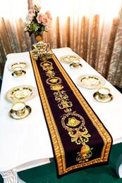 decoraciones del partido azul real negro Rebajas Diseñador de la marca Royal uropean Medusa paño de tabla de terciopelo de lujo Runner Table Home interiores del hotel decoración de la casa creativa ropa de cama de alta calidad