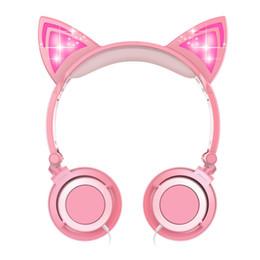 Складные детские наушники-гарнитура Cat Ear со светодиодной подсветкой, наушники над ухом с микрофоном и регулятором громкости для iPhone / iPad / ноутбука / ПК cheap headphone microphone for ipad от Поставщики микрофон для наушников для ipad