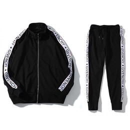 2019 hoodie das calças das estrelas 19SS Moda Paris 4g Webbing Hoodie Logo Striped Homens Mulheres Hoodies Set Europa Estrelas Mens Pants Men Treino Desportivo BD90012 Suit hoodie das calças das estrelas barato