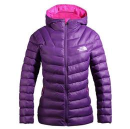 2019 sombreros de mujer Nuevo The North Winter Women Jacket Parka Warm Goose Abrigos Soft shell Sombreros ropa exterior exterior ropa para mujer cara chaquetas de cara